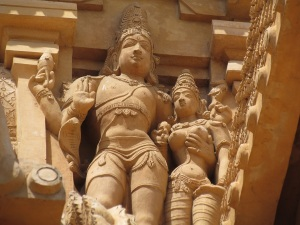 Sculptures on entrance gopuram 3, Brihadeshwara